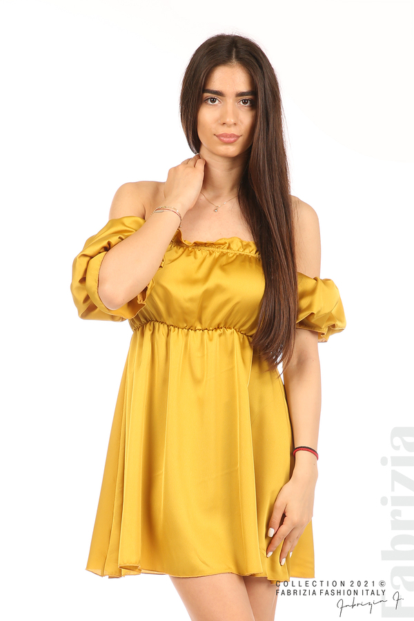 Едноцветна рокля паднали рамене горчица 4 fabrizia