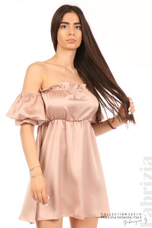 Едноцветна рокля паднали рамене