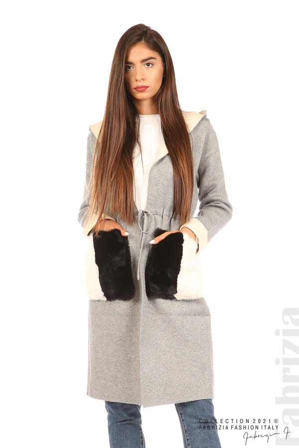 Дълга жилетка с ефектни джобове сив 1 fabrizia