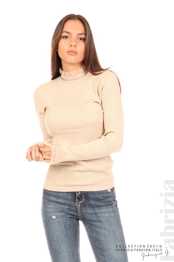 Рипсена блуза с тюлен акцент бежов 1 fabrizia