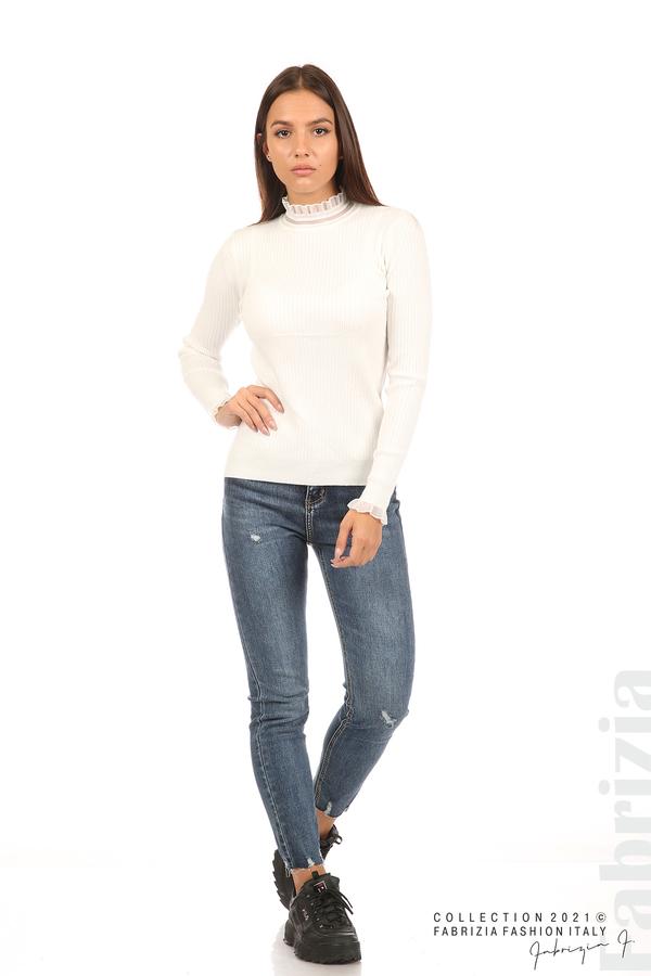 Рипсена блуза с тюлен акцент бял 4 fabrizia