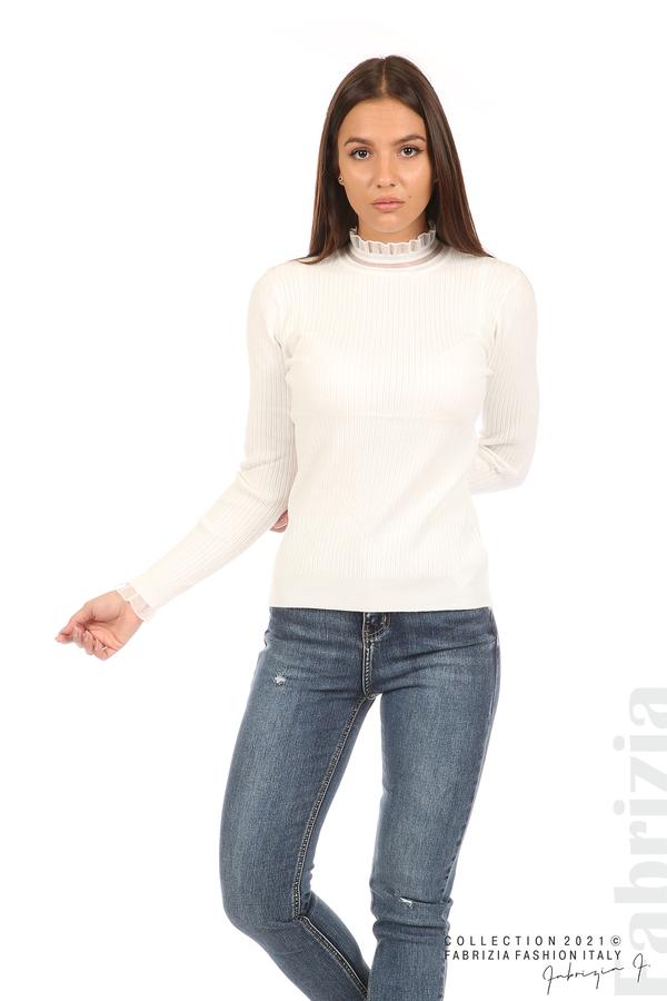 Рипсена блуза с тюлен акцент бял 3 fabrizia