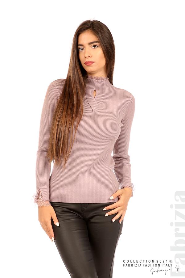 Блуза рипс с дантела и акцент прeдна част лилав 1 fabrizia