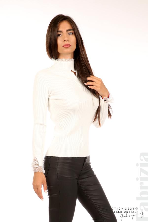Блуза рипс с дантела и акцент прeдна част бял 1 fabrizia