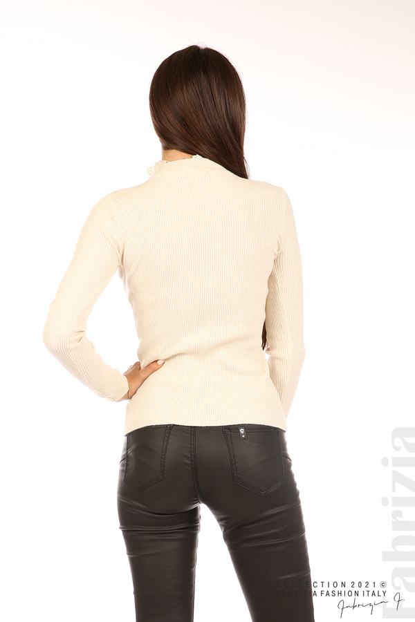Рипсена блуза с дантела на бието бежов 6 fabrizia