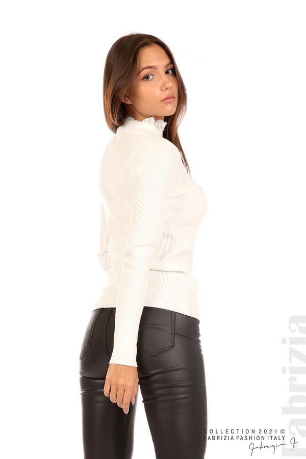 Рипсена блуза с дантела на бието бял 4 fabrizia
