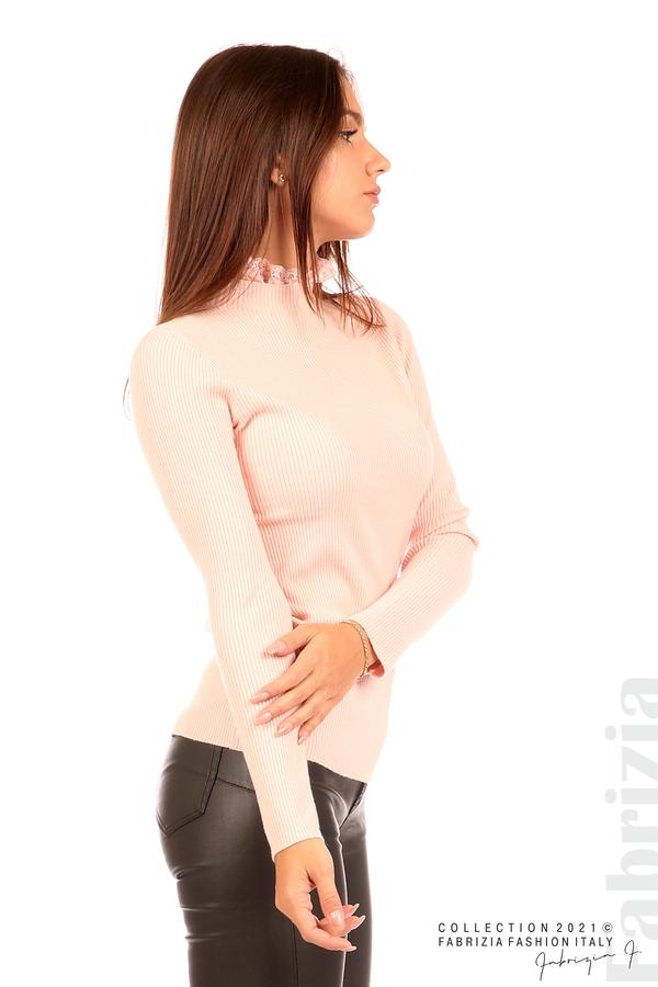 Рипсена блуза с дантела на бието розов 5 fabrizia