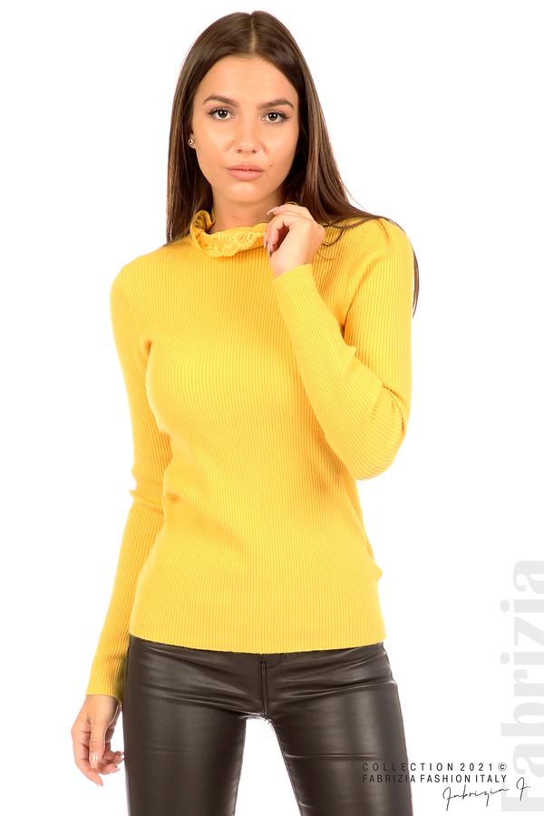Рипсена блуза с дантела на бието жълт 2 fabrizia