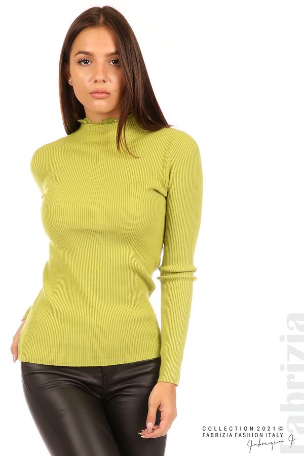 Рипсена блуза с дантела на бието тр.зелен 2 fabrizia
