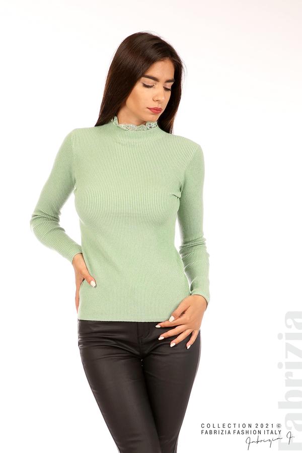 Рипсена блуза с дантела на бието бл.зелен 1 fabrizia