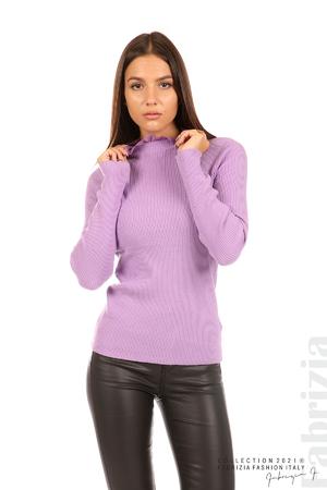 Рипсена блуза с дантела на бието