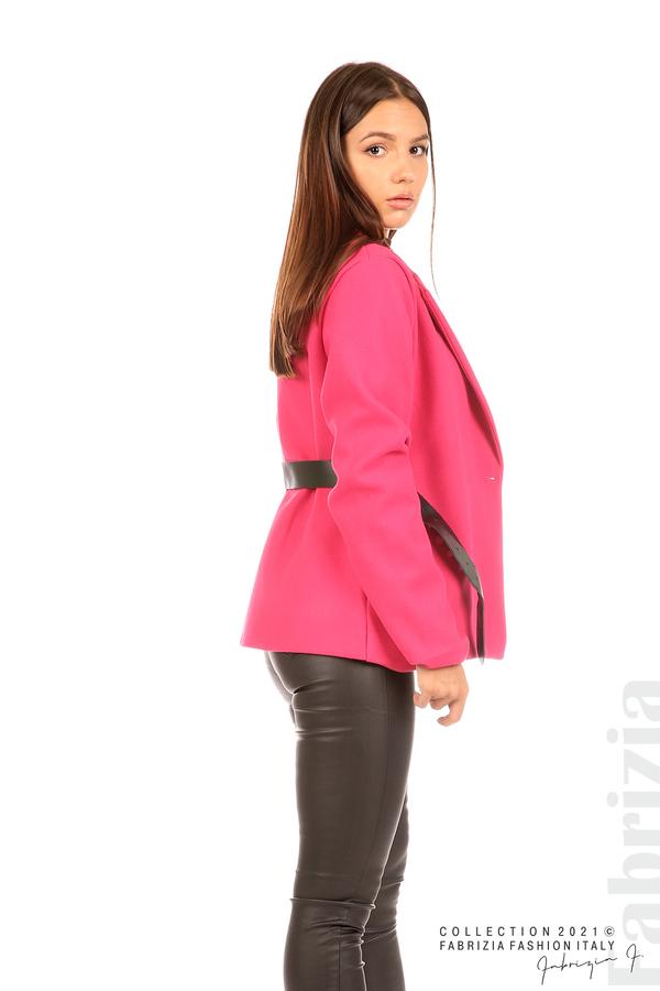 Късо едноцветно палто с колан циклама 6 fabrizia