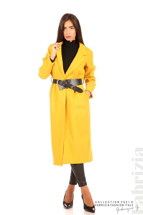 Дълго едноцветно палто с колан циклама 1 fabrizia
