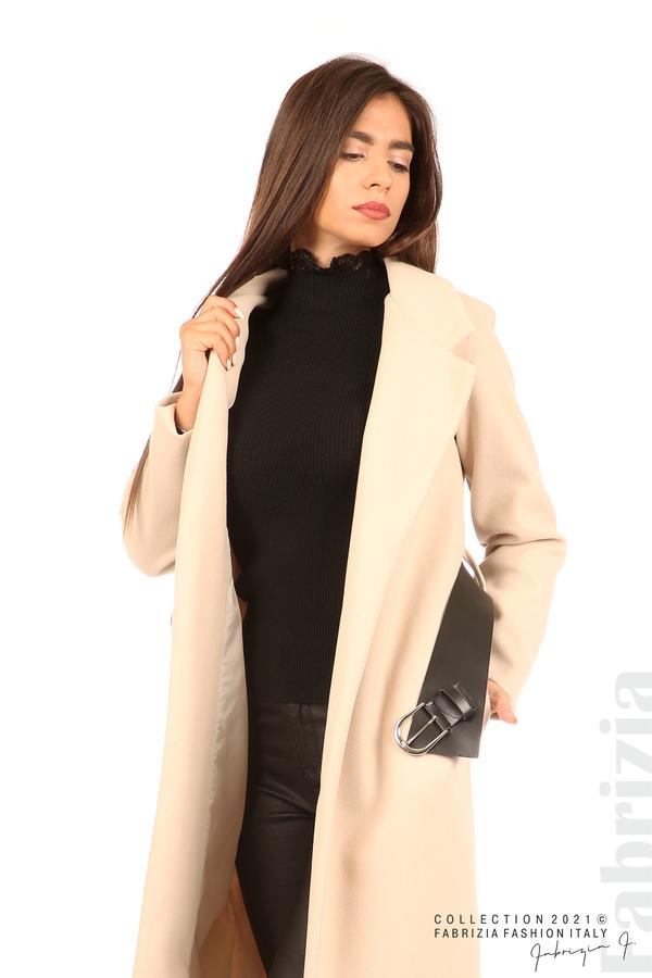 Дълго едноцветно палто с колан бежов 3 fabrizia