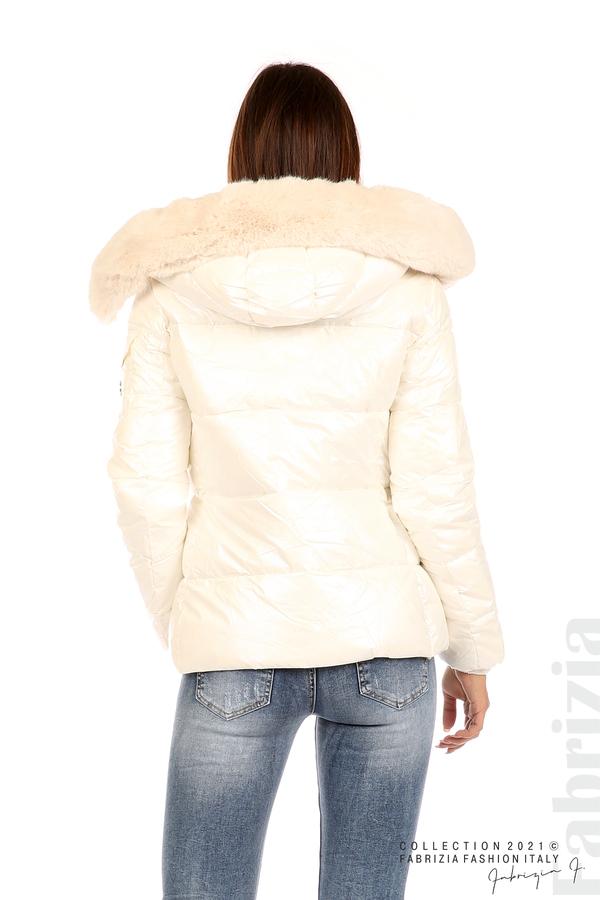 Лъскаво яке с мобилна качулка с кожена яка екрю 6 fabrizia