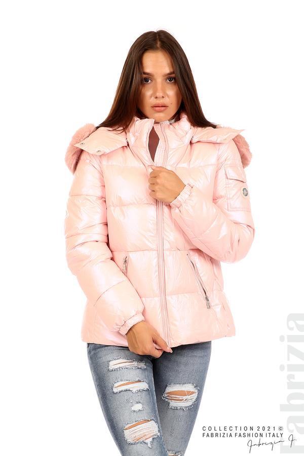 Лъскаво яке с мобилна качулка с кожена яка розов 1 fabrizia