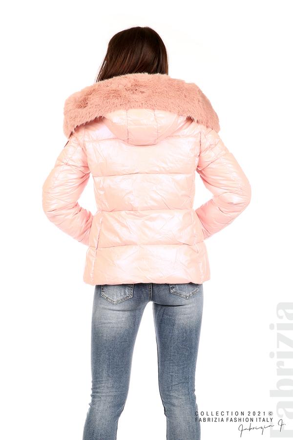 Лъскаво яке с мобилна качулка с кожена яка розов 6 fabrizia