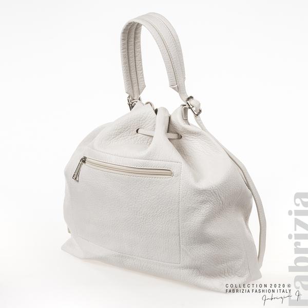 Дамска чанта тип мешка бежов 1 fabrizia