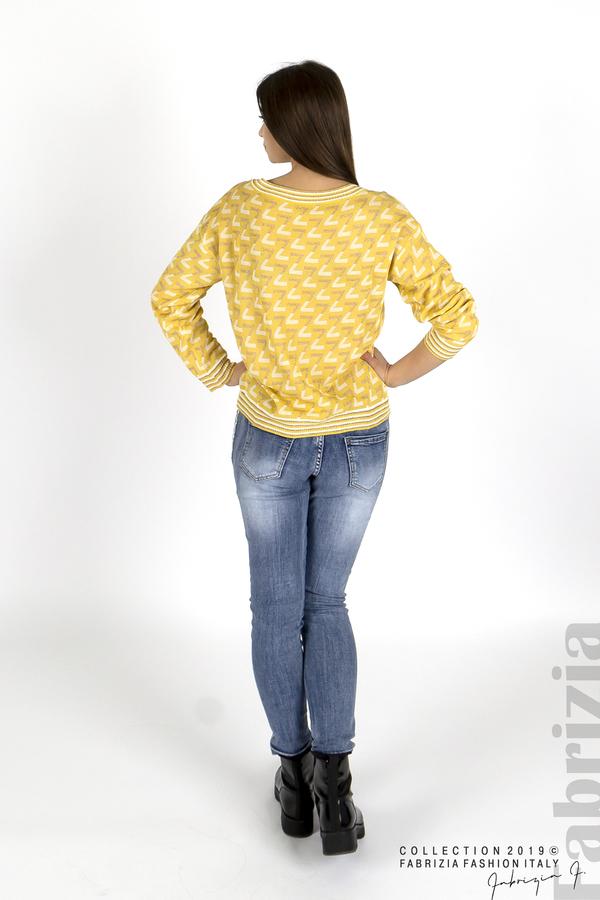 Дамска блуза с двуцветна буква  жълт 3 fabrizia
