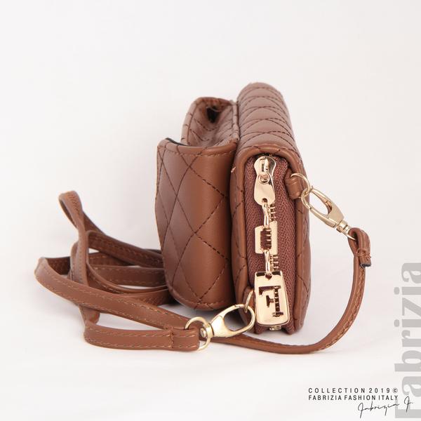 Дамско портмоне с дръжка и страничен джоб кафяв 1 fabrizia