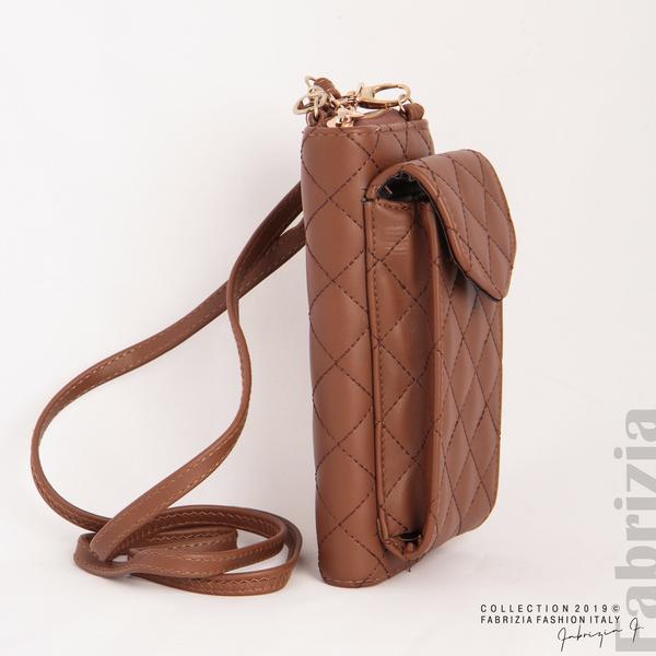 Дамско портмоне с дръжка и страничен джоб кафяв 3 fabrizia