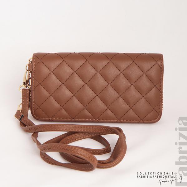 Дамско портмоне с дръжка и страничен джоб кафяв 5 fabrizia