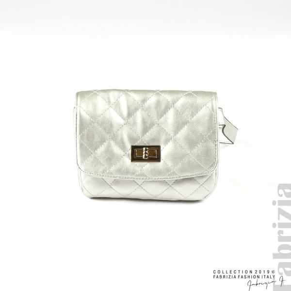 Дамска чанта за носене на кръста сребрист 1 fabrizia