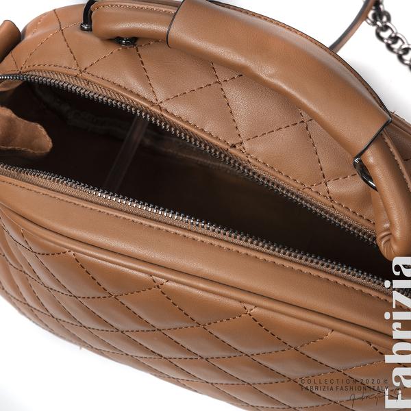 Компактна дамска чанта кафяв 4 fabrizia