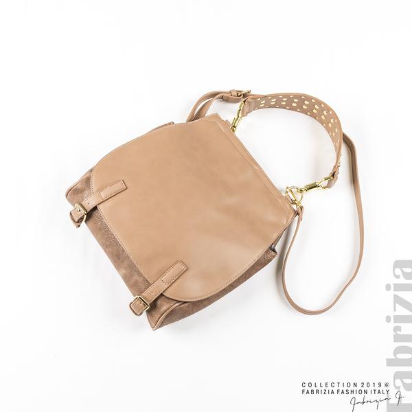 Дамска чанта с капси на дръжката пепел от рози 1 fabrizia