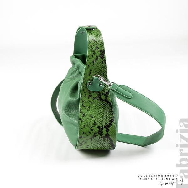 Чанта с животински принт на дръжката зелен 1 fabrizia