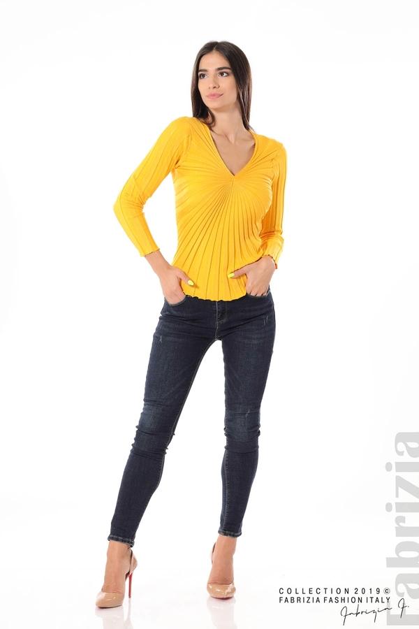 Блуза от релефен рипс жълт 3 fabrizia