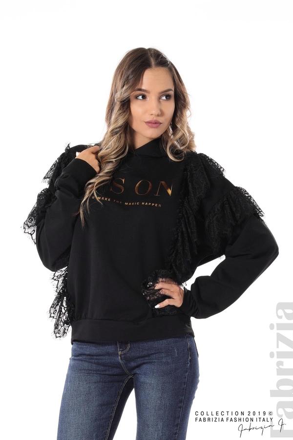 Дамска блуза с качулка и дантела черен 1 fabrizia
